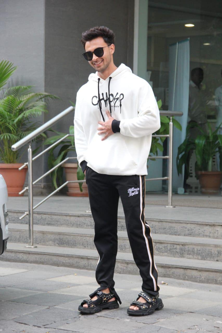 Aayush Sharma at Hinduja hospital