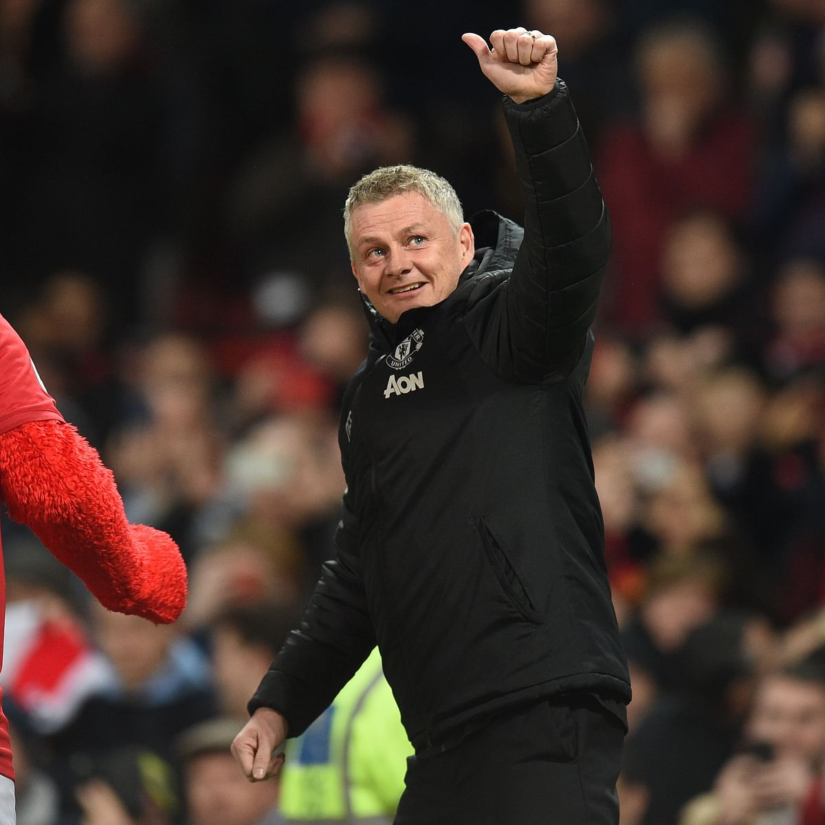 Ole Solskjaer suggests Man Utd players' wives could help improve their finishing abilities amid lockdown