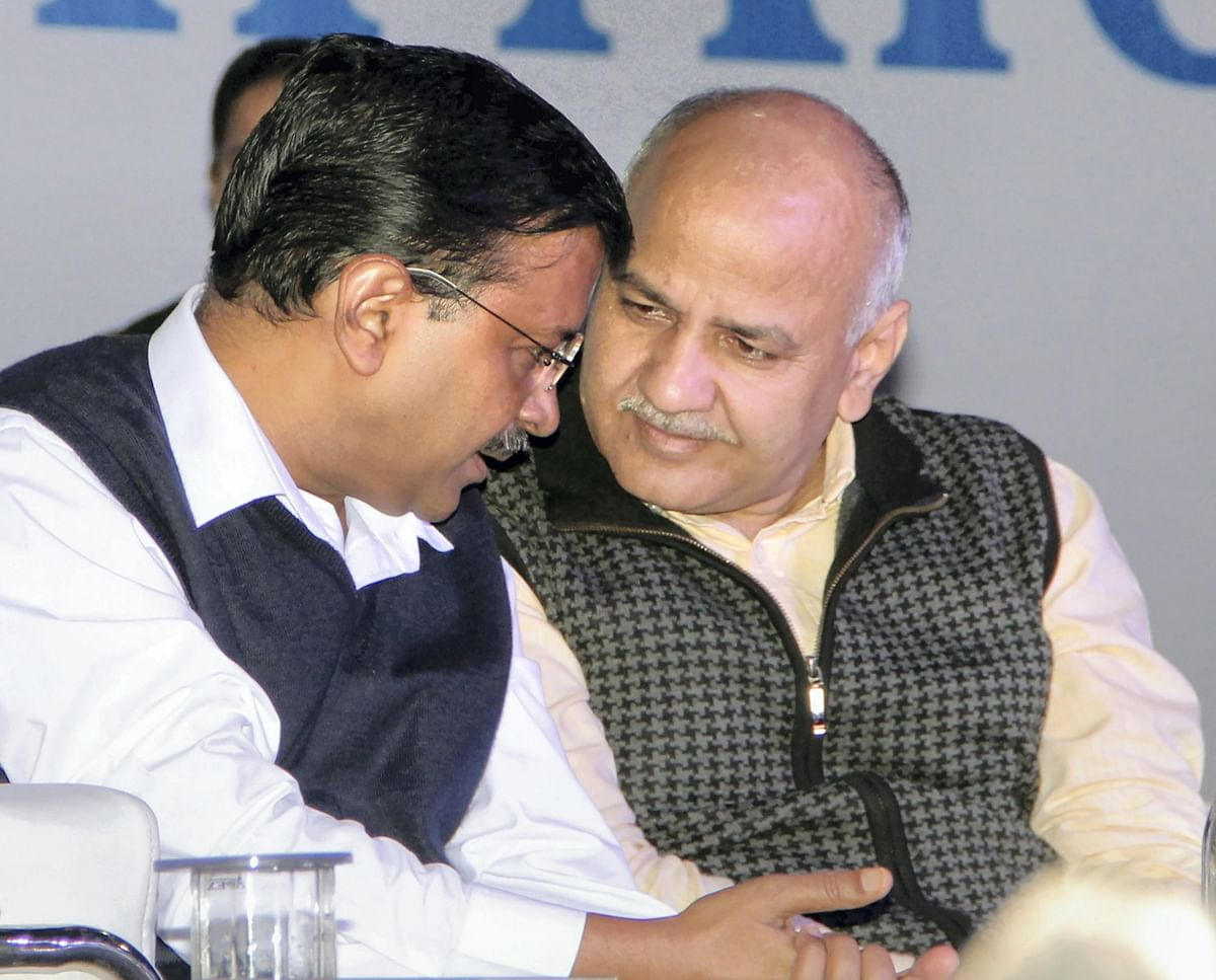 Delhi Chief Minister Arvind Kejriwal and Deputy CM Manish Sisodia during the closing ceremony of 'Constitution at 70' campaign for students of class 6 to 11 at Indira Gandhi Indoor Stadium, in New Delhi, Tuesday, Nov. 26, 2019.