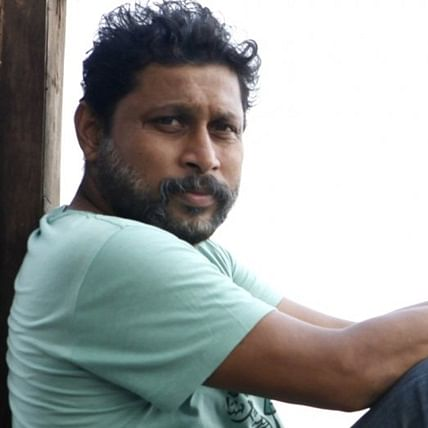 Shoojit Sircar's cryptic tweet asking Bollywood to check 'filmy ethics', before 'lecturing' has netizens baffled