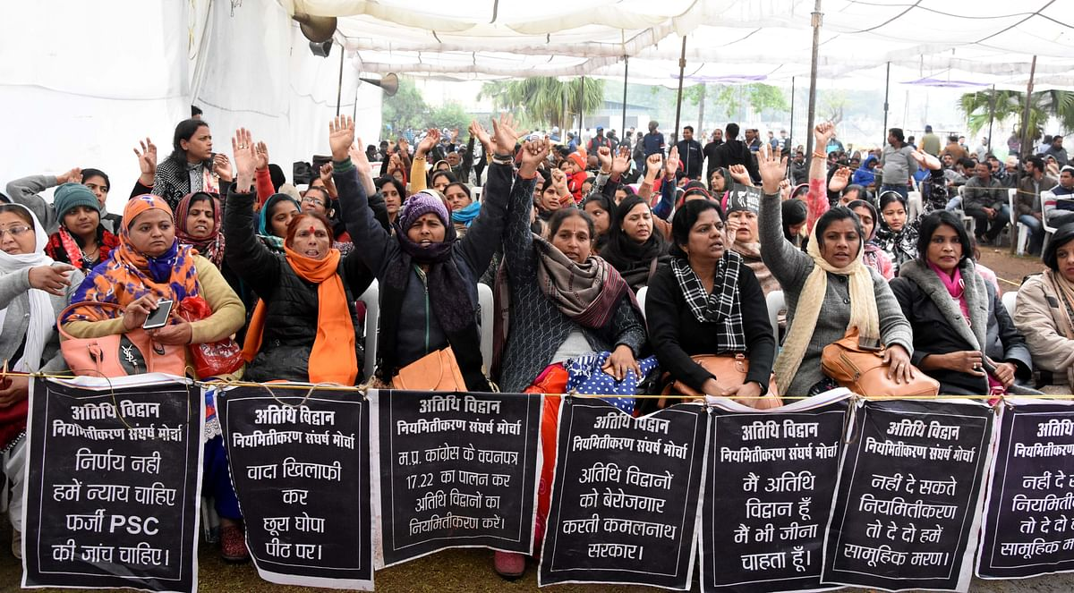 Bhopal: Protesting women guest scholars fall ill