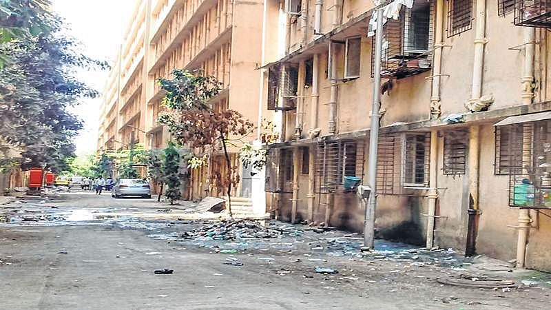 Mahul residents raise an alarm, complain of toxic stench affecting their health