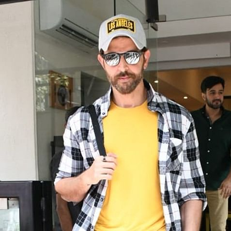 Behold the Greek God: Hrithik Roshan could make the sun melt with his hot looks