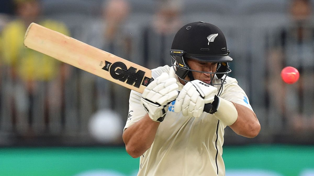 Ross Taylor holds fort but Australia in driver's seat after Day 2