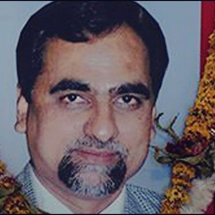 Munde, Loya checkmate; CBI must probe their deaths, insists Sena MP