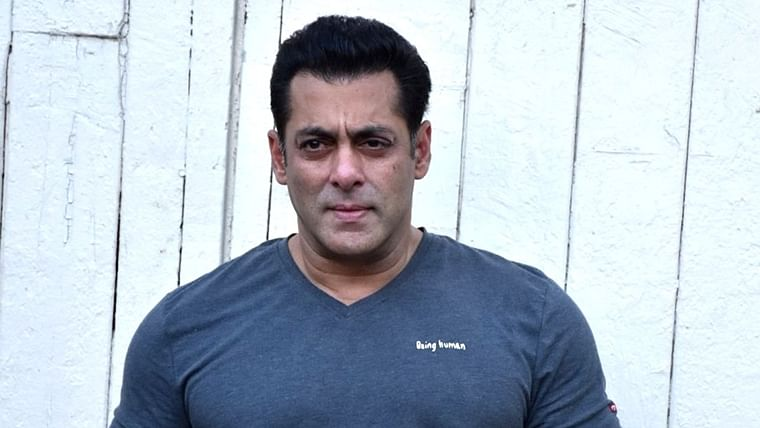 'Rok sakte ho to rok lo': Teen threatens Salman Khan with bomb blast at Galaxy Apartments