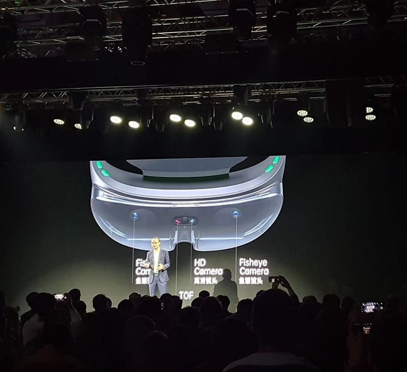OPPO unveils its first new augmented reality glasses