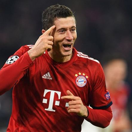 'Best centre-forward in the world': Bayern Munich chairman on Robert Lewandowski