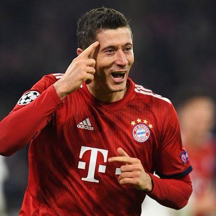 Robert Lewandowski becomes first non-German to score 250 goals in Bundesliga
