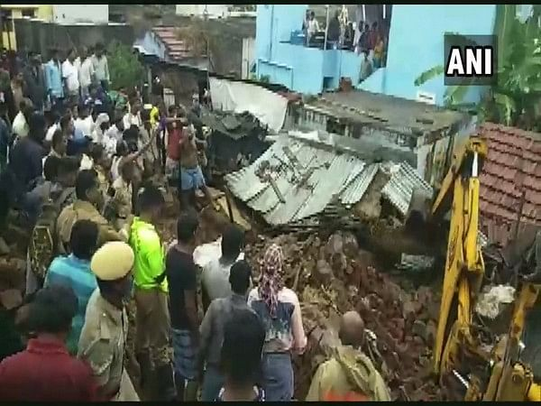 15 killed as wall collapses in TN village following heavy rains