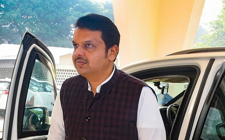 Right before Assembly polls, Fadnavis' cabinet invoked contentious clause 38 to pay irrigation contractors