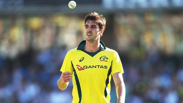 WATCH: Aussie pacer Pat Cummins is all smiles after receiving special gift from fan