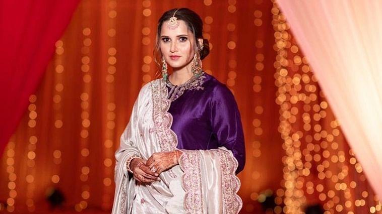 Sania Mirza looks breathtaking in royal purple lehenga at sister Anam's pre-wedding bash