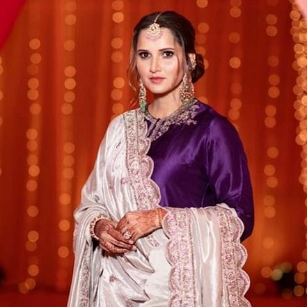 Sania Mirza looks breathtaking in royal purple lehenga at sister Anam's pre-wedding bash