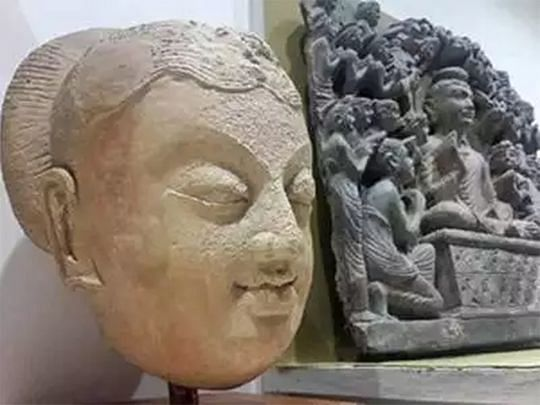 A rare statue of Lord Buddha's head