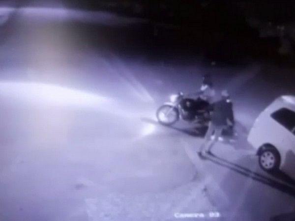 Gujarat: 2 unidentified assailants open fire at Kutch businessman's residence
