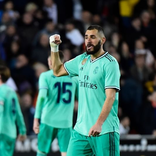 Karim Benzema rescues point for Real Madrid against Valencia
