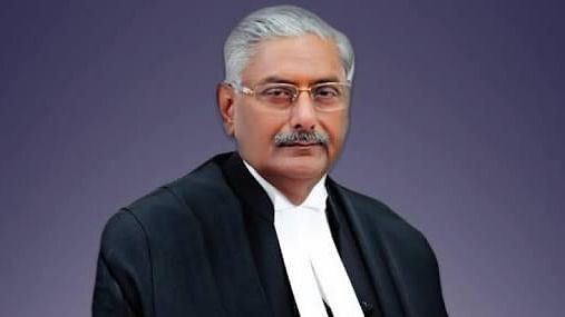 'Contempt threat' to lawyer: Justice Arun Mishra apologises