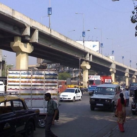 Mumbai Traffic Update: Mumbaikars delayed for work, exams as part of Sion flyover remains shut