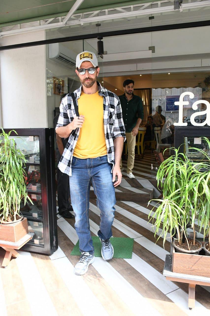 Hrithi Roshan spotted at Farmers' Cafe, Mumbai