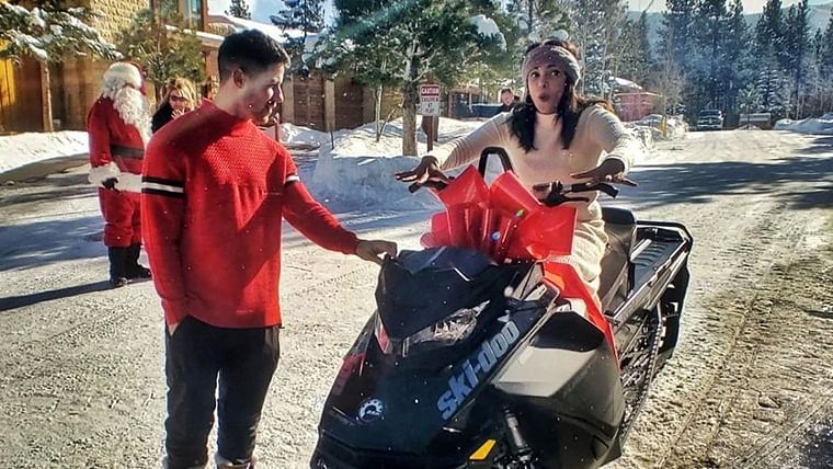 Best Husband Ever: Nick Jonas gifts Priyanka Chopra a 'Batmobile' on Christmas!