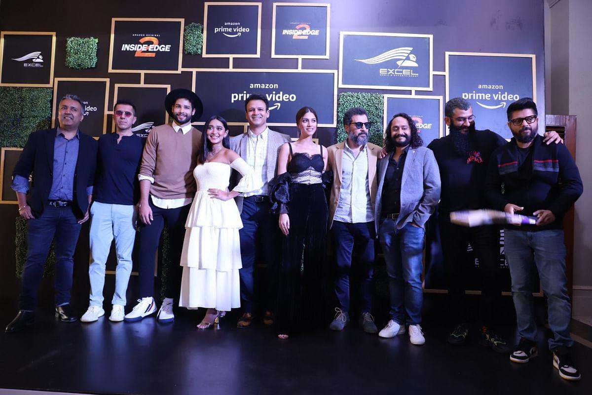 Inside Edge 2: Siddhant Chaturvedi, Sayani Gupta, Vivek Oberoi make for a happy bunch