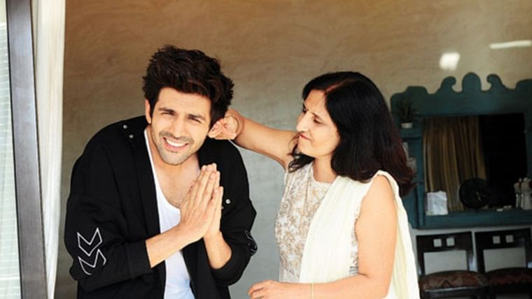 Kartik Aaryan: My mom cried watching me kiss on screen