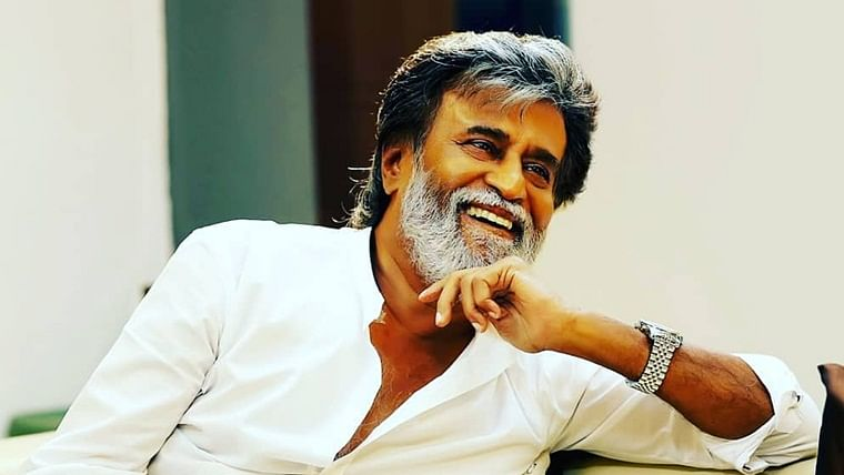 Fans celebrate Rajinikanth's 70th  birthday by hosting a meal near Chennai temple