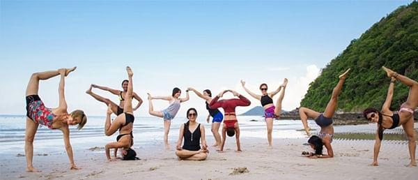 How to maintain friendships — Grand Master Akshar, Yoga Master & Spiritual Guide