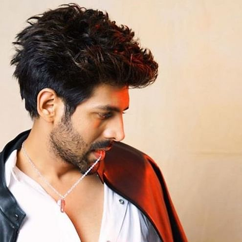 Maa da laadla bigad gaya: Kartik Aaryan says acting, sex are like bread and butter