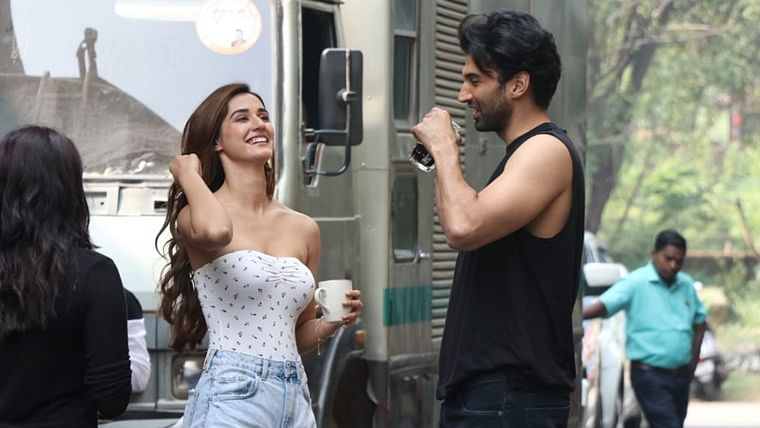 'Malang' BTS pics: What's cooking between Disha Patani and Aditya Roy Kapur?
