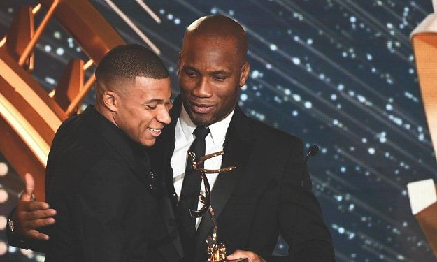 Didier Drogba finally clicks a picture with Kylian Mbappe