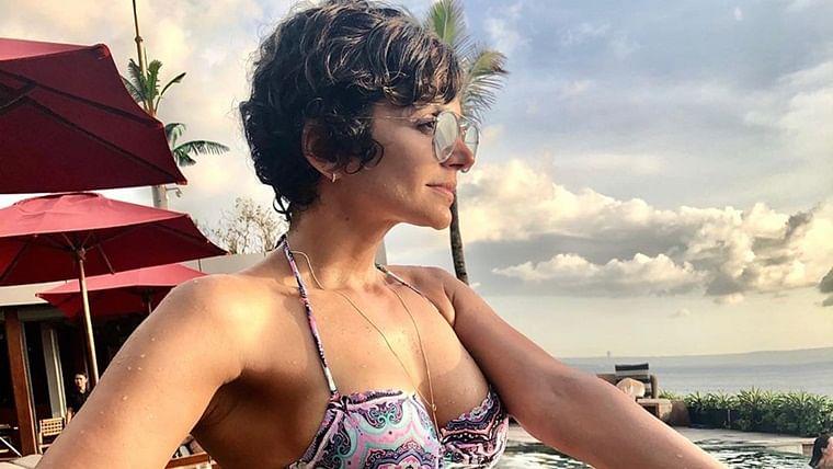47-year-old Mandira Bedi's stunning bikini picture will make you wonder if she can reverse time