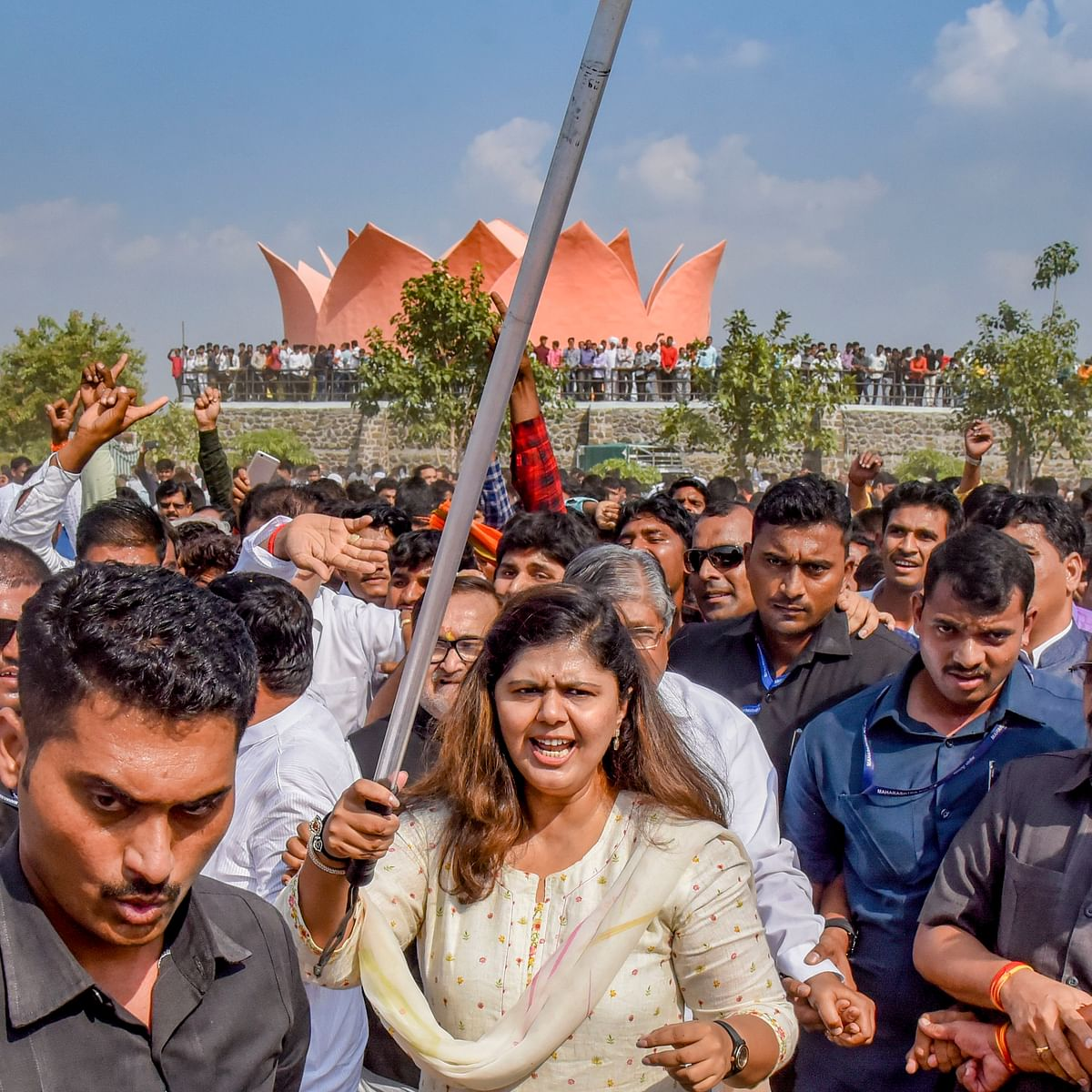 Pankaja Munde dares BJP leadership to sack her