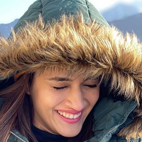 Kriti Sanon takes a break from work, enjoys chilly vacation in Switzerland
