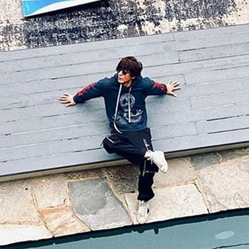 Shah Rukh Khan is living his life 'king size' in Los Angeles, see pics