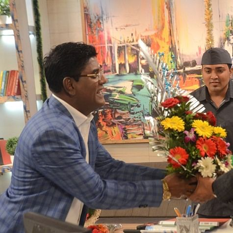 Taarak Mehta Ka Ooltah Chashmah: Jethaa Lal cooks up a story about cooking to impress Babeetta, lands in soup