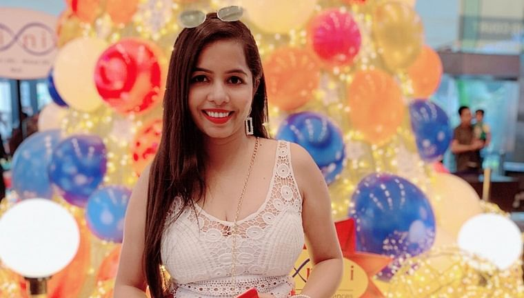 'Selfie Maine Le li Aaj' rapper Dhinchak Pooja celebrates her 26th birthday today