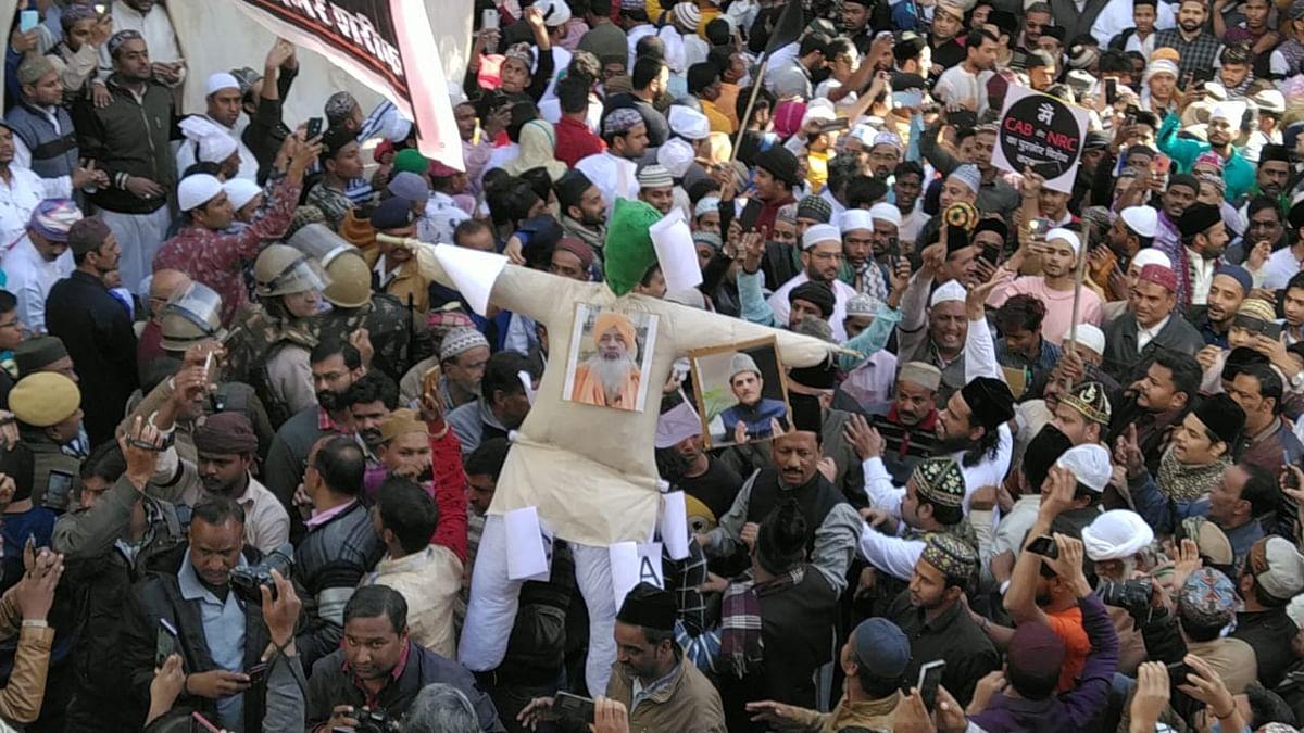 Ajmer: Effigy of Dargah Deewan burnt