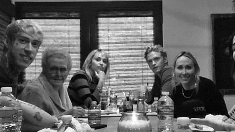 Miley Cyrus, Cody Simpson spend their first Thanksgiving together
