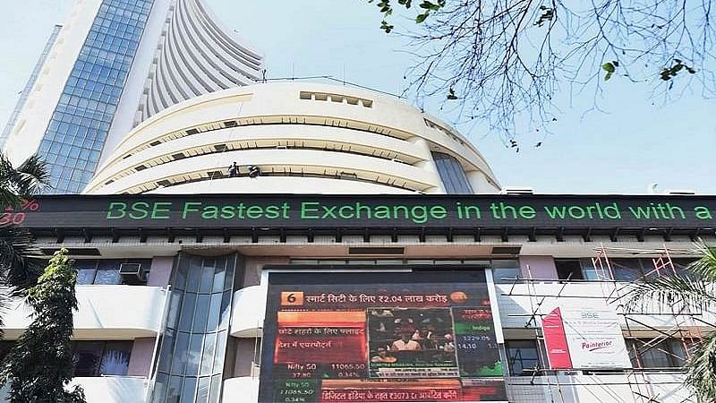 Sensex rallies over 500 pts in early trade; Nifty tops 15,300