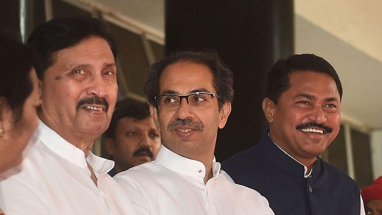 Maharashtra CM Uddhav Thackeray (centre) with NCP leader Ramraje Naik Nimbalkar (R) and Legislative Assembly speaker Nana Patole.