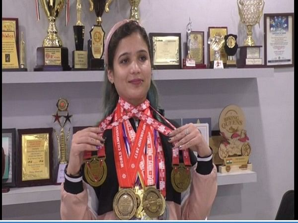 Meet powerlifting gold medalist Roma Shah who turned non-vegetarian