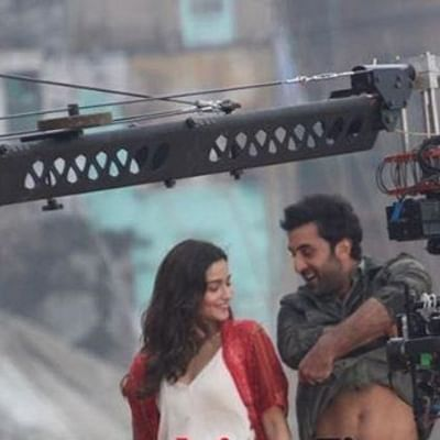 Watch: Alia Bhatt fixates on Ranbir Kapoor as he removes shirt while dancing in Varanasi