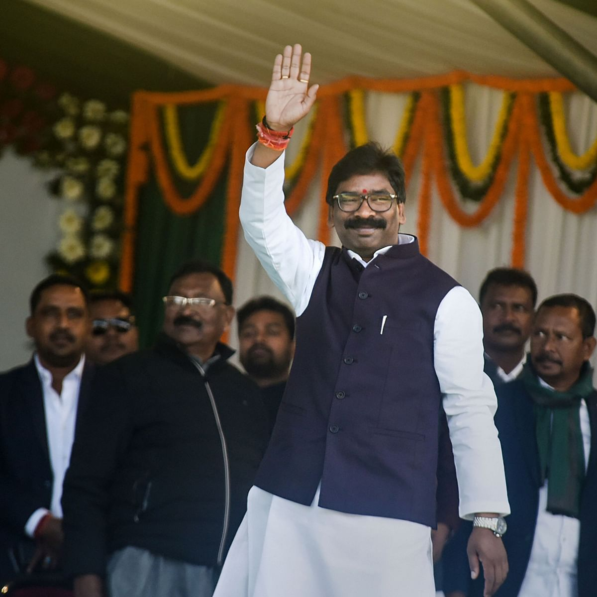 Hemant Soren sworn in as Jharkhand CM; Assembly to meet on January 6