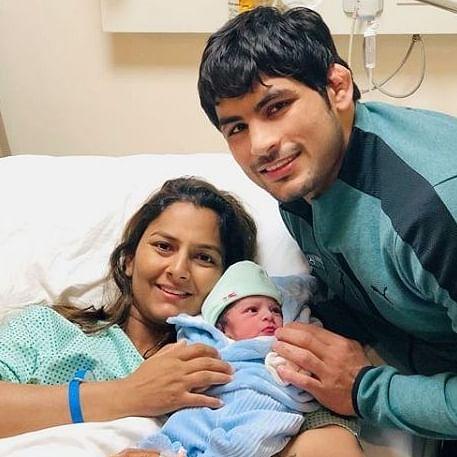 'Pehalwano ke ghar ek nanha pehalwan': Twitterati bless Geeta Phogat and Pawan Saroha's newborn son
