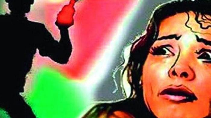 Mumbai: Girl injured in acid attack by principal of her alma mater