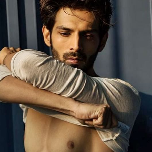 And the Worst Photoshop Award goes to: Kartik Aaryan trolled for 'fake abs'