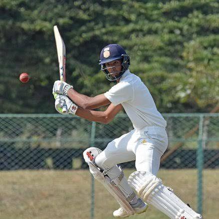 RANJITROPHY: Mumbai draw first blood