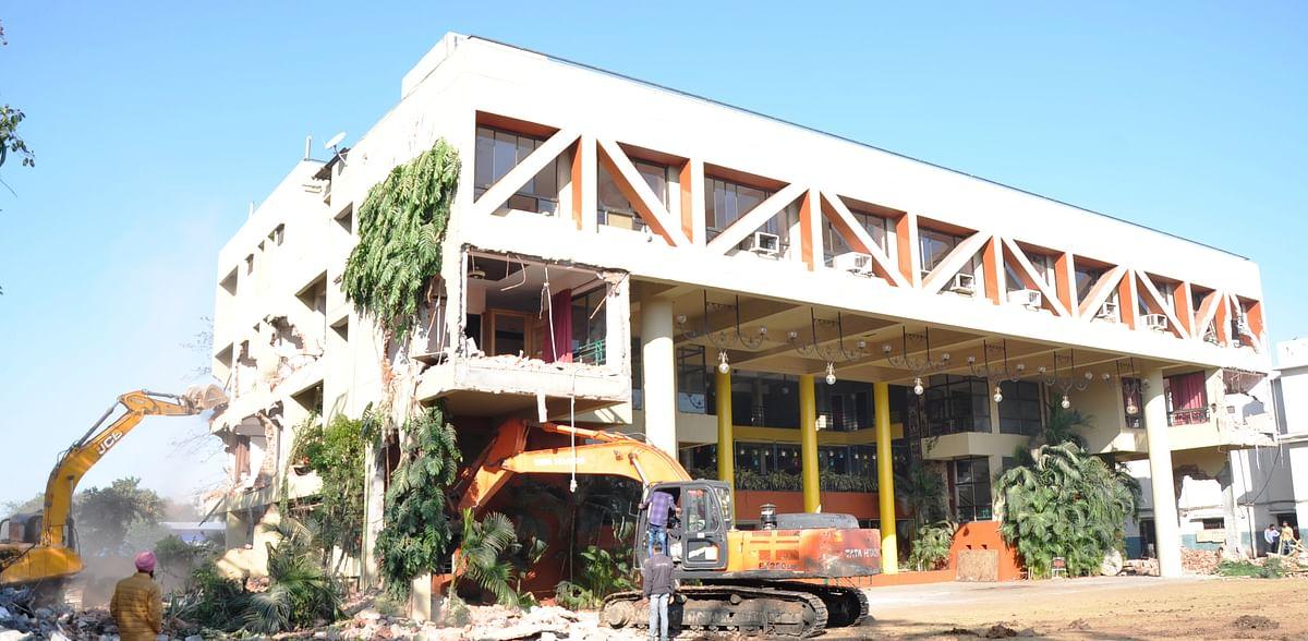 Indore: IMC bulldozes land shark Bobby's marriage gardens